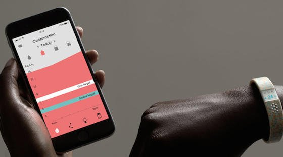 """Die Informationen über den CO<custom name=""""sub"""">2</custom>-Ausstoß werden auf dem Smartphonewerden auch grafisch angezeigt."""