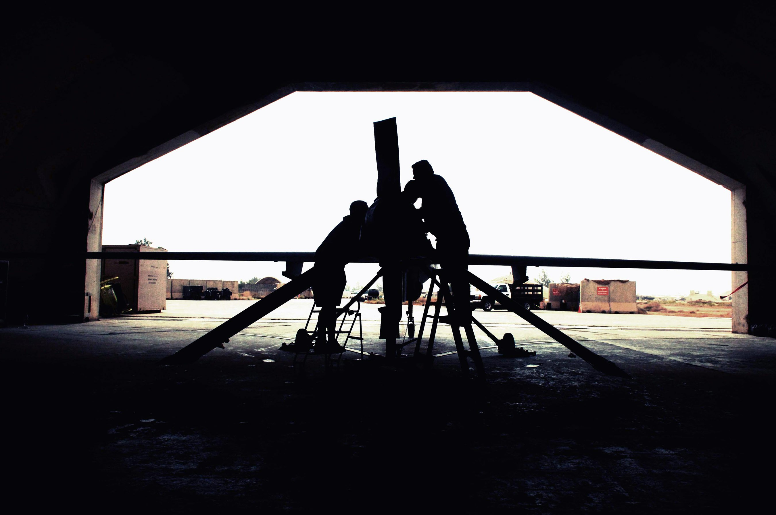 Arbeiten am Predator (Raubtier): Die Drohne bietet bewaffnete Aufklärung, Luft-Überwachung und Zielerfassung.