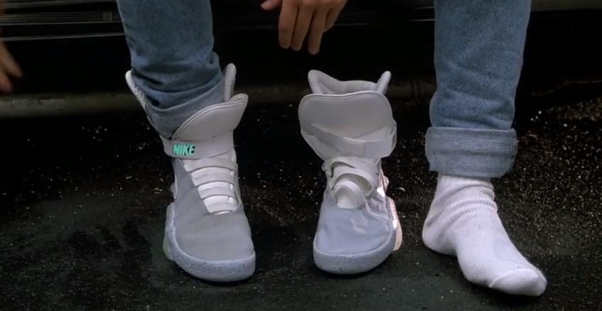 Schuhe, die sich automatisch zuschnüren.