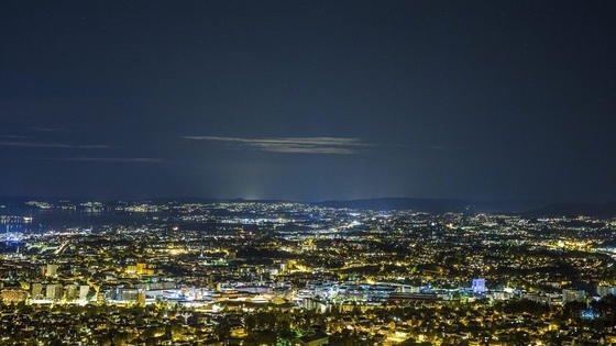 Oslo bei Nacht: 2019 soll die Innenstadt autofrei sein. Das plant dieneue Koalition im Osloer Rathaus.