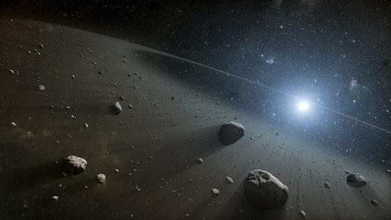 Über 684.000 Asteroiden sind in unserem Sonnensystem bekannt. Einer von ihnen – der Große Kürbis – fliegt in der Halloween-Nacht an der Erde vorbei.
