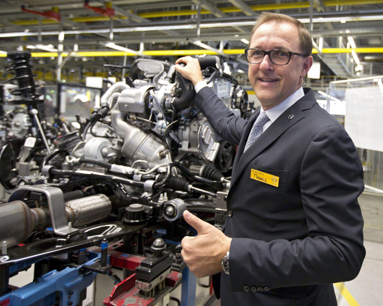 Der frühere Opel-Chef Thomas Sedran wechselt zu VW und soll sich um die Konzernstrategie kümmern.