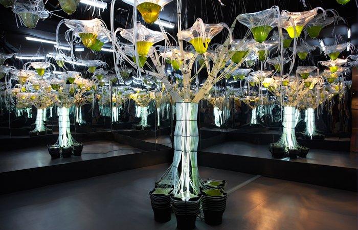 """Das """"ecoLogicStudio"""" von Claudia Pasquero und Marco Poletto ist ein Architektur- und Designbüro in London. Hier versuchen die Designer die Stadt neu zu definieren, indem sie modernes digitales Stadtleben mit ökologischen Aspekten zusammenbringen."""