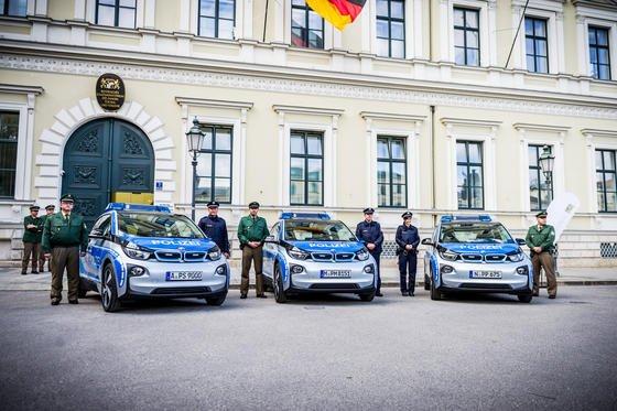 Elektromobilität im Einsatz: Bei der Polizei bewährt sich der BMW i3 als Dienstfahrzeug.