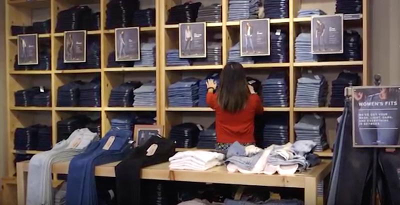 Hier verrät jede Hose, sie liegt und ob sie bei den Kunden ankommt.