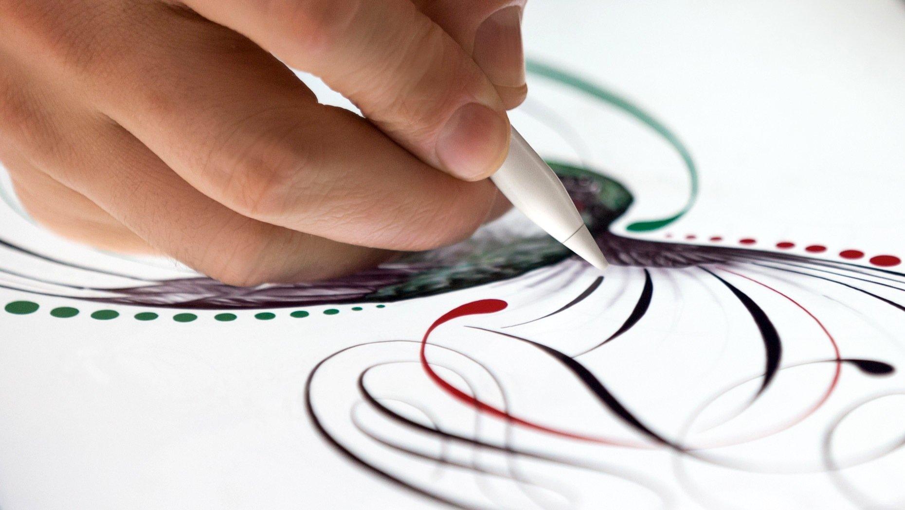 Malen auf einem iPad Pro: Das große iPad hat eine enorme Auflösung und ermöglicht sogar das hochpräzise Zeichnen und Malen.