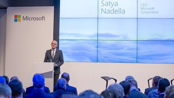 Microsoft-Chef Satya Nadella kündigte heute in Berlin Cloud-Dienste aus deutschen Rechenzentren an. Azure, Office 365 und Dynamics CRM Online sollen voraussichtlich ab zweitem Halbjahr 2016 auch unter Einhaltung deutscher Datenschutzregeln verfügbar sein.