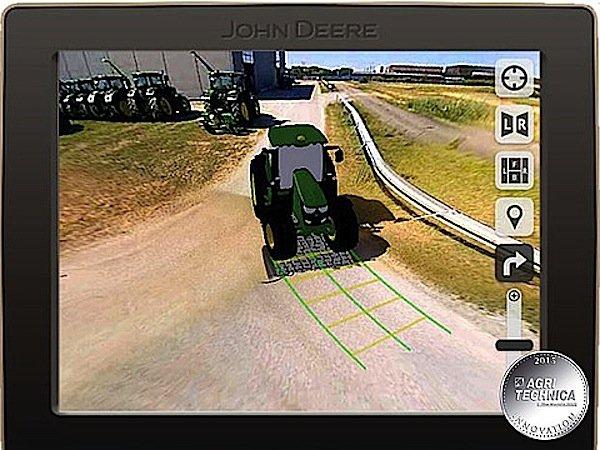 Mit der360-Grad-Kamera von Deere hat der Traktorfahrer den Rundumblick und sieht somit Hindernisse besser und kann sicherer und präziser steuern