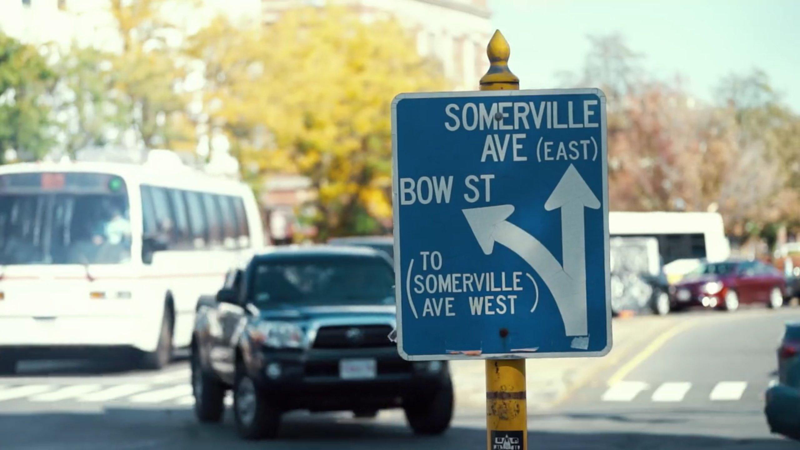 Verkehrsschild in Somerville in der Nähe von Boston in den USA: Hier will Audi Verkehrskonzepte der Zukunft erproben.