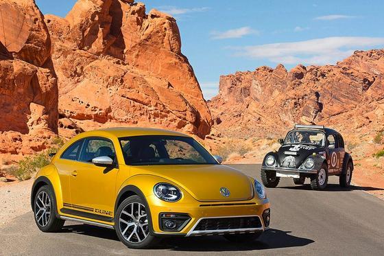 Die Serienversion des Beetle Dune hat derzeit auf der LA Auto Show Premiere. Im nächsten Jahr soll das Auto auch in Europa auf den Markt kommen.