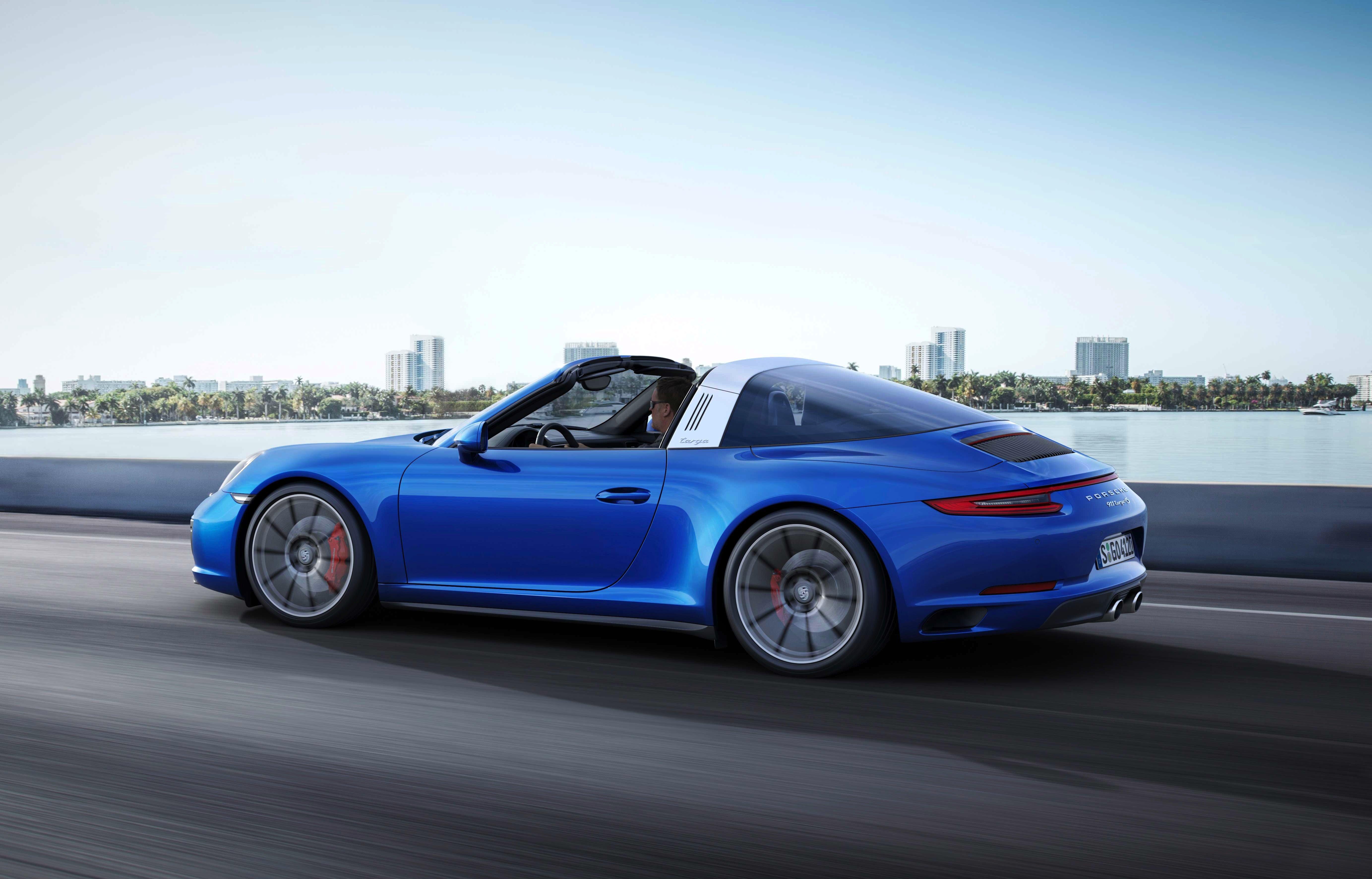 Ein Klassiker: Den Porsche 911 gibt es jetzt als Cabrio Targa 4S.
