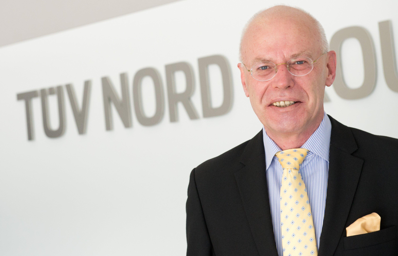 Weist alle Mitschuld am VW-Skandal von sich: TÜV-Nord-Chef Guido Rettig. Dem Verein sei es gesetzlich untersagt, die Motorsoftware zu prüfen.