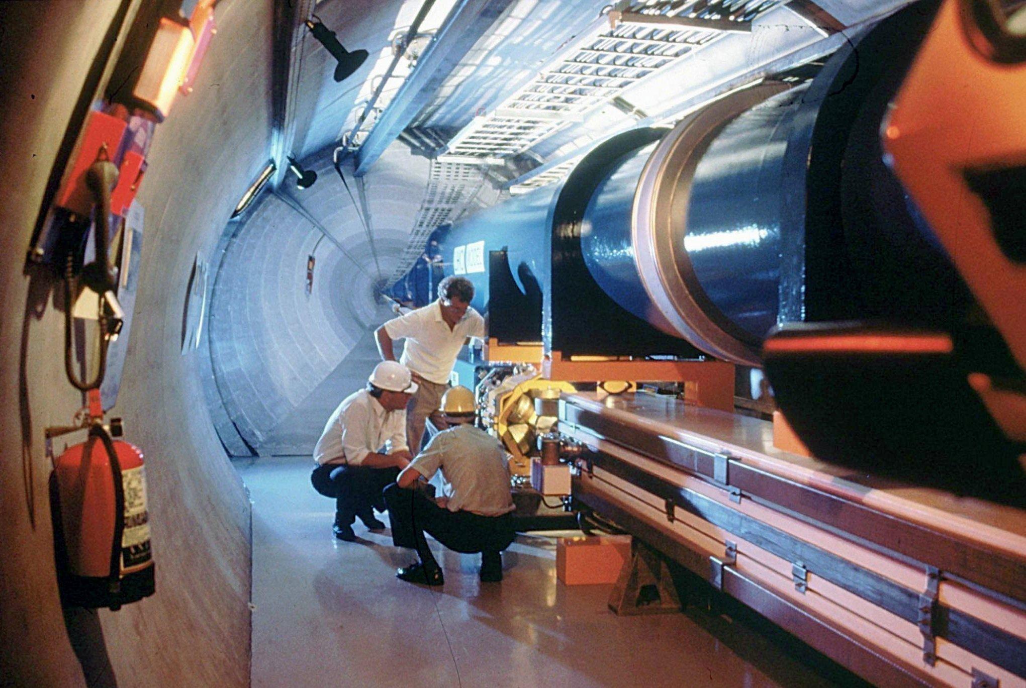 Large Hadron Collider (LHC): Forscher des Cern wollen mit dem leistungsstärksten Teilchenbeschleuniger der Welt Geheimnisse des Universums entschlüsseln.