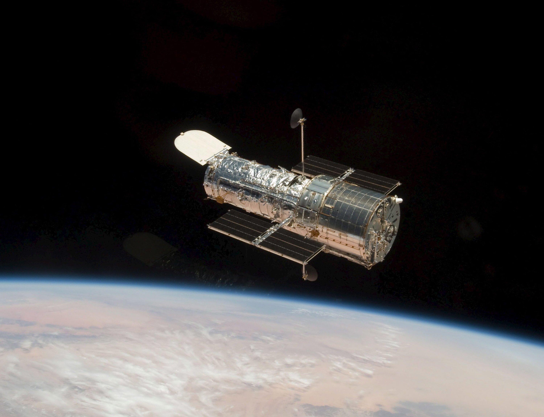 Aufnahmen des Weltraumteleskops Hubble, das gerade 25. Geburtstag hatte, brachten die Forscher auf die Spur der Methusalem-Galaxis.