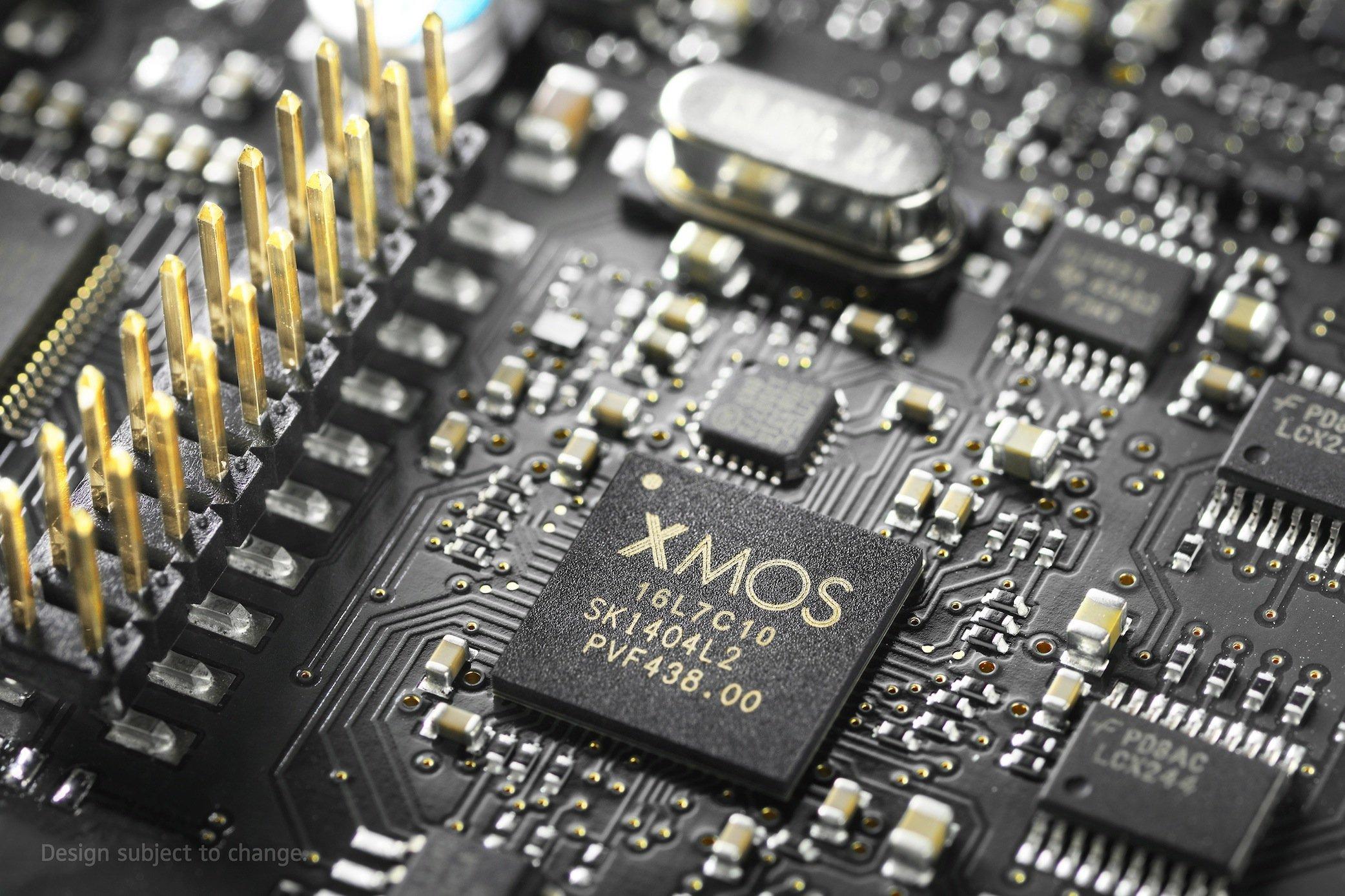 Der Verstärker des Sennheiser Orpheus vereint Röhren- und Transistorverstärker.Das Schaltkreis-Design ist zum Patent angemeldet.