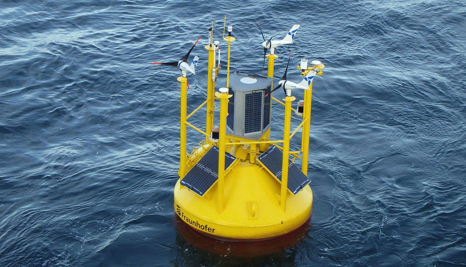 Mit einem Gewicht von 4,9 Tonnen ist die Lidar-Boje ein Schwergewicht.