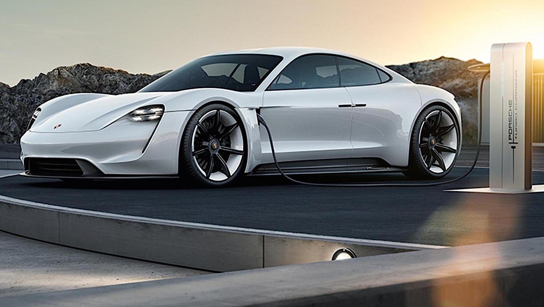 Auch Porsche tüftelt im Rahmen der Mission E an einem Flitzer mit einem 600-PS-Elektromotor. Vor 2019 soll er allerdings nicht auf den Markt kommen.