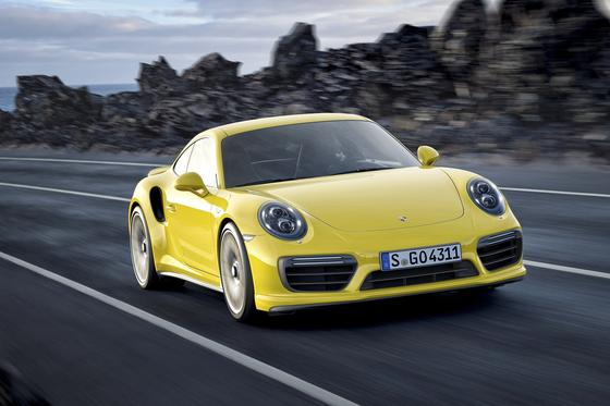 Der überarbeitete Porsche 911 S Turbo ist ein Blickfang auf der Detroit Motor Show, die am Montag beginnt.