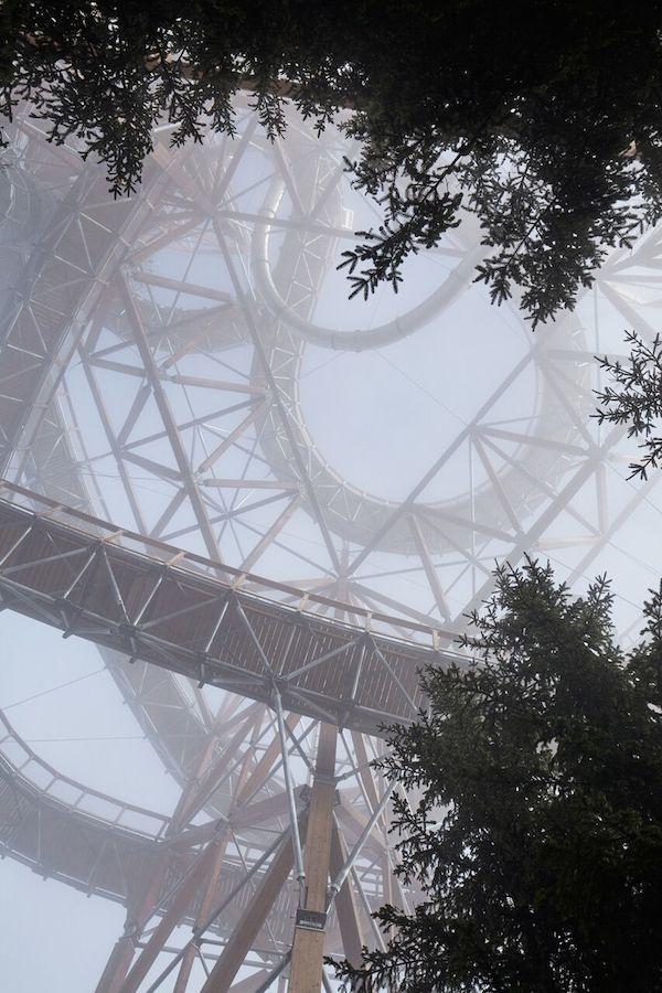 Aufwärts über den Sky Walk – abwärts mit der Riesenrutsche