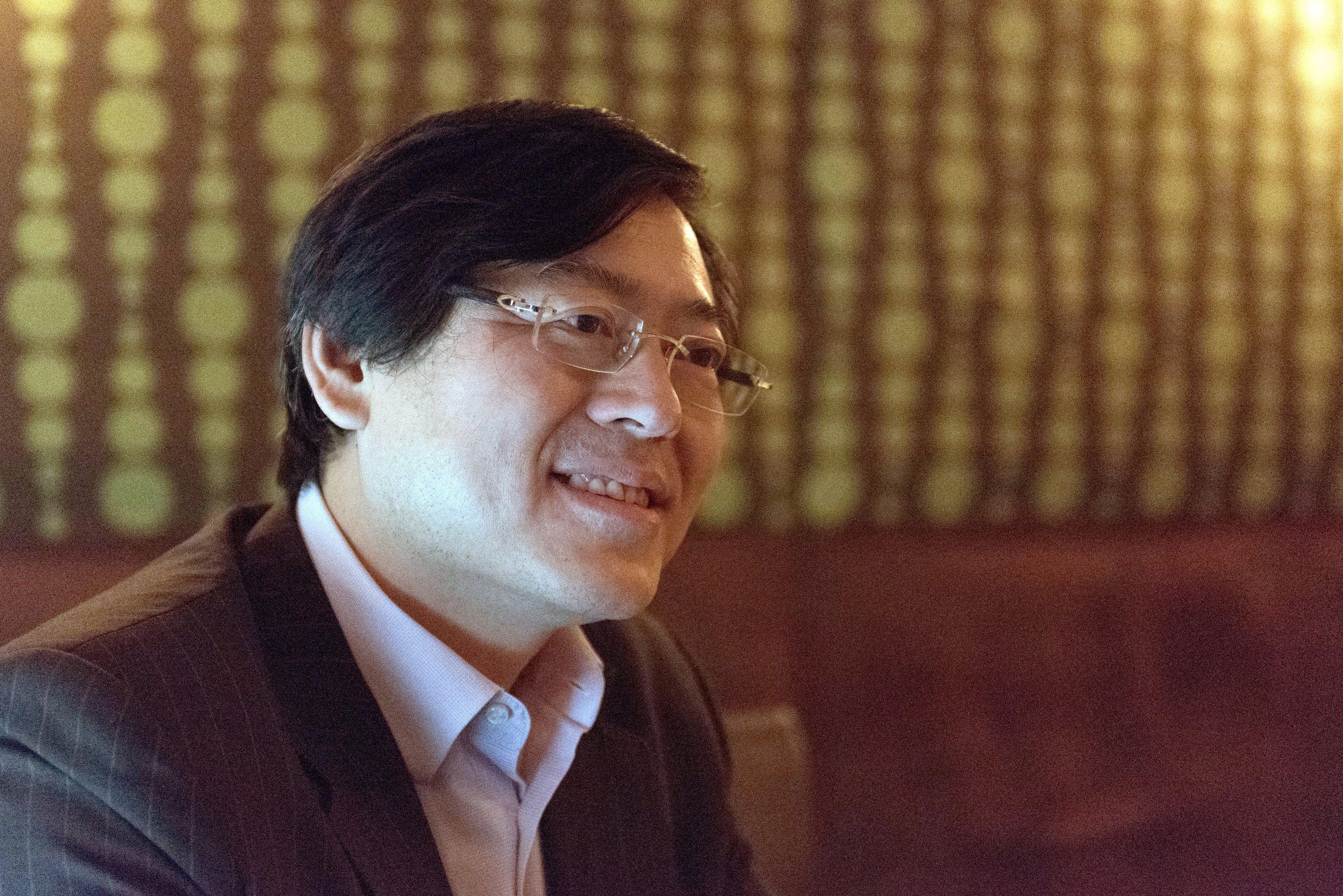 Lenovo-Chef Yang Yuanqing ist gar nicht damit einverstanden, dass Microsoft seinen Kunden das Update auf Windows 10 praktisch aufzwingt. Lenovo ist immerhin der größte Computerhersteller der Welt.