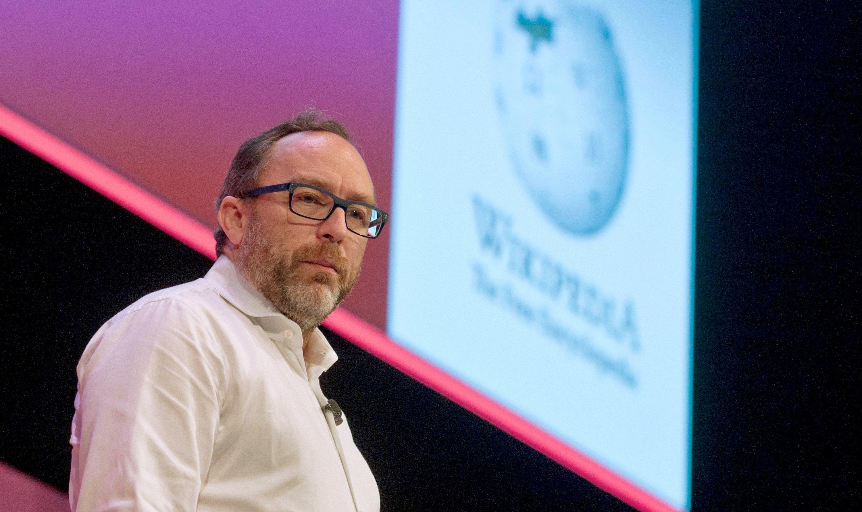 Jimmy Wales hat Wikipedia vor 15 Jahren gegründet. Dass Wikipedia einmal so groß werden würde, hat er selbst nicht geglaubt.