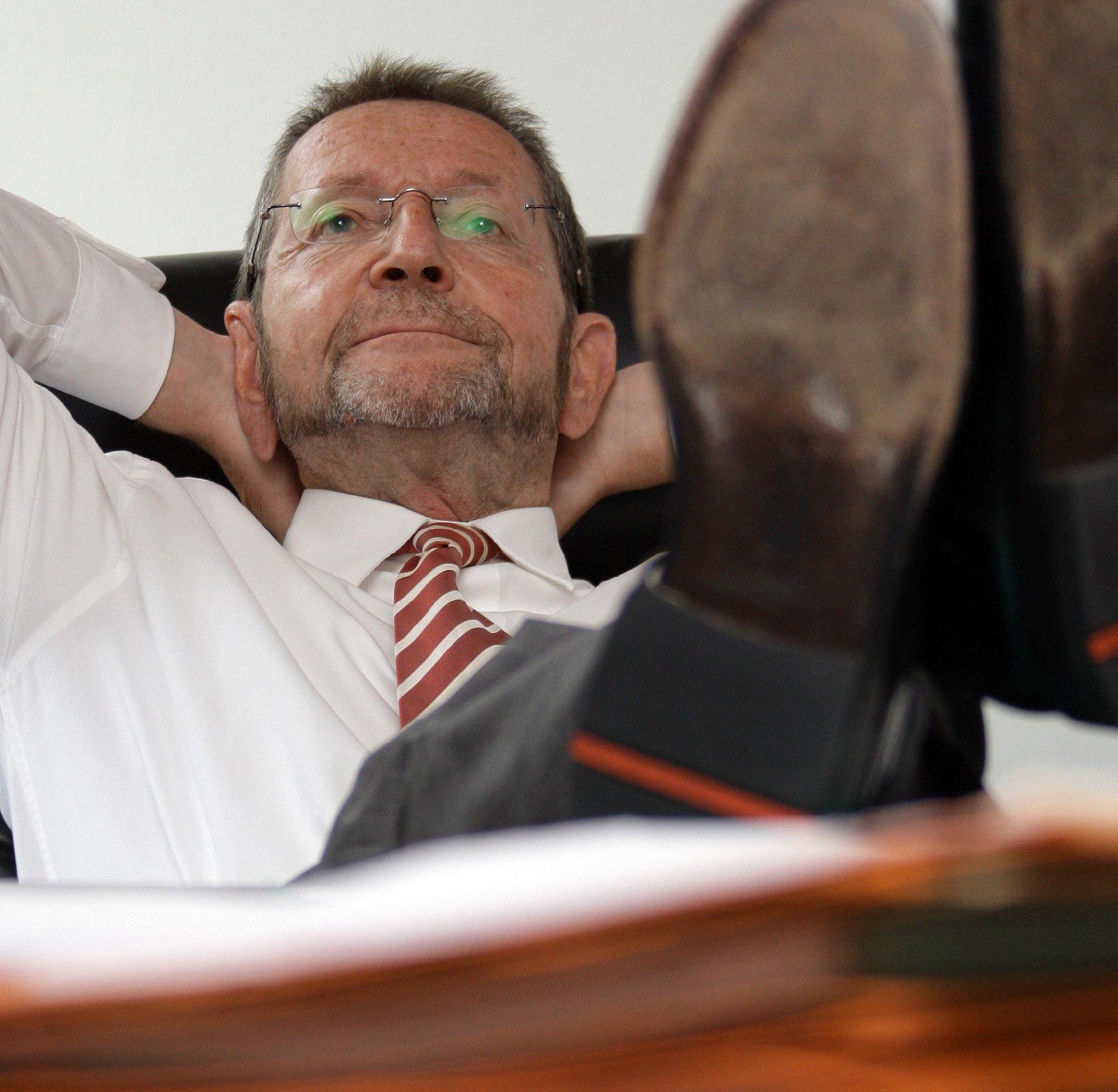 Der Bürgermeister von Peine, Michael Kessler, gönnt sich seit über 20 Jahren regelmäßig zur Mittagszeit ein Nickerchen.