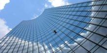 Wissenschafter erklären: Nur mit Riesenfüßen käme Spiderman Wände hoch