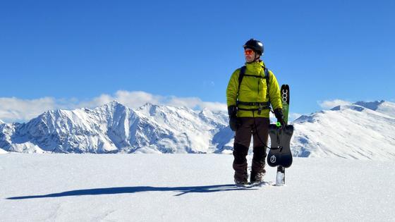 Snooc-Ski kann man auch zu einem Bob umbauen: Das ist eine von vielen Neuheiten, die aktuell auf der Sportakrtikelmesse Ispo in München vorgestellt werden.