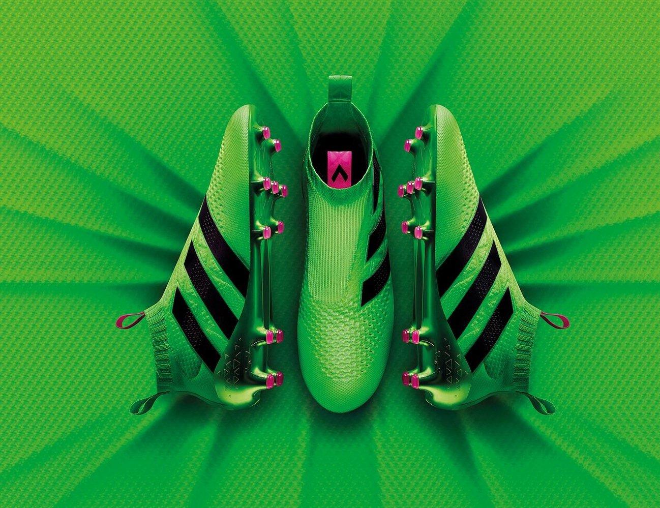 Giftgrün, leicht – und ohne Schnürsenkel: der neue FußballschuhACE 16+ Purecontrol von Adidas.