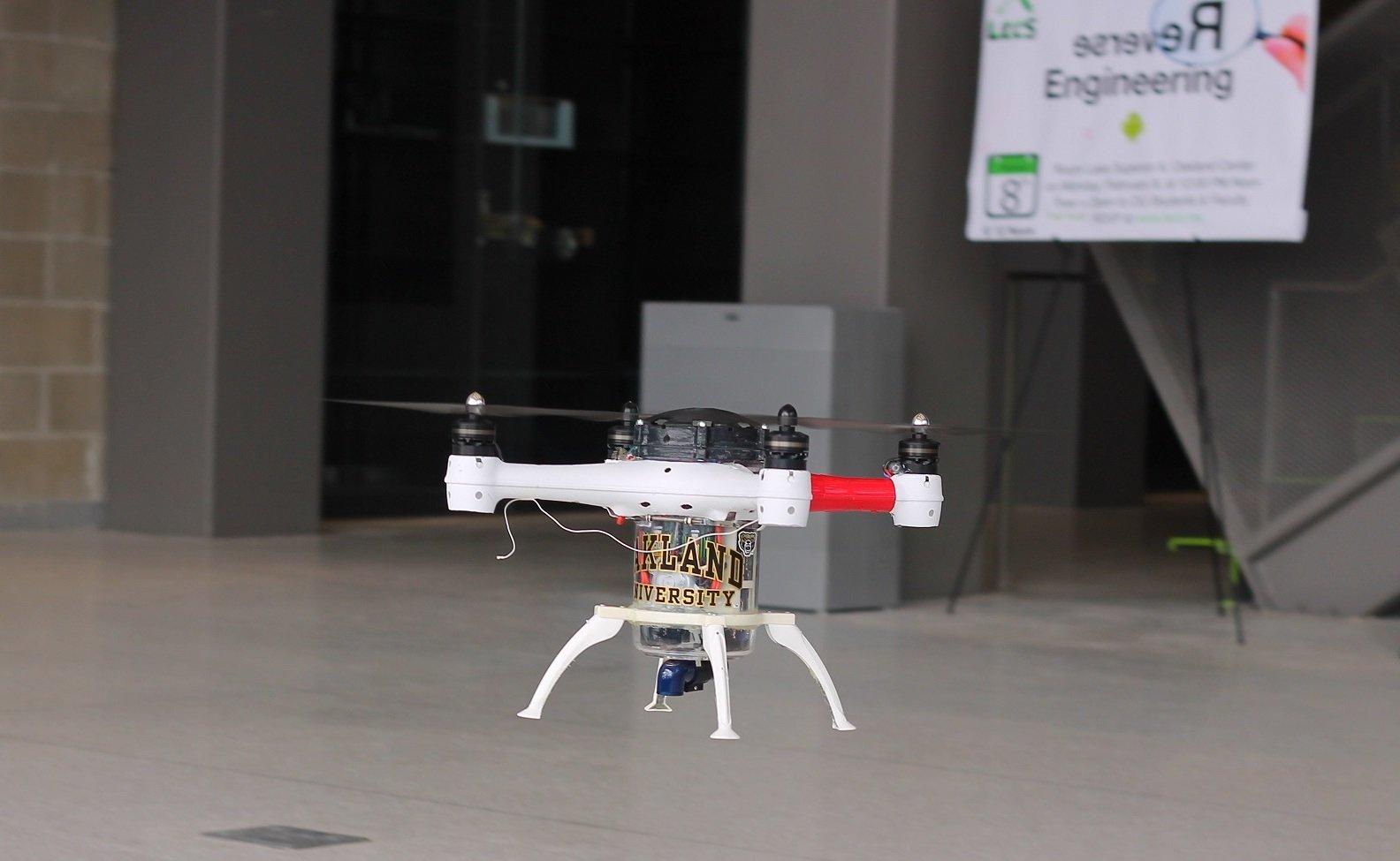 Im Flugmodus bewegt sich Loon Copter wie ein gewöhnlicher Quadcopter durch die Luft.