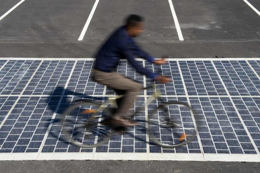 Radfahrer auf dem Solarweg