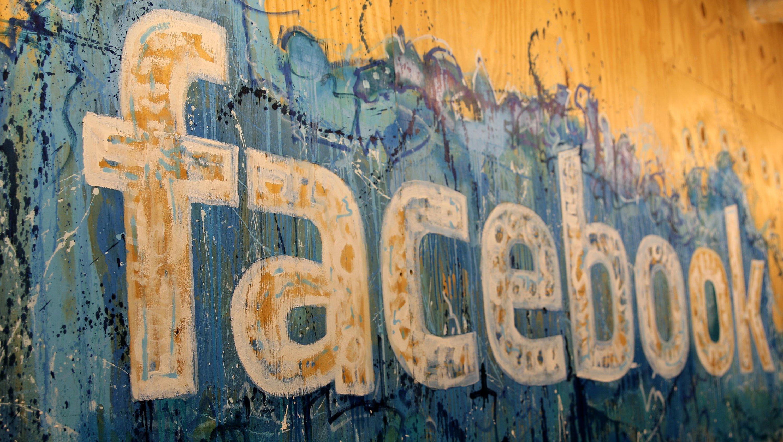 An Facebook kommt man auch ohne die offizielle App heran:Eine Möglichkeit ist die Web-Nutzung von Facebook über einen Browser, zum Beispiel Safari oder Google Chrome. Aber auch diehauseigene Alternative Facebook Lite hilft schon, den Akku des Smartphones zu schonen.