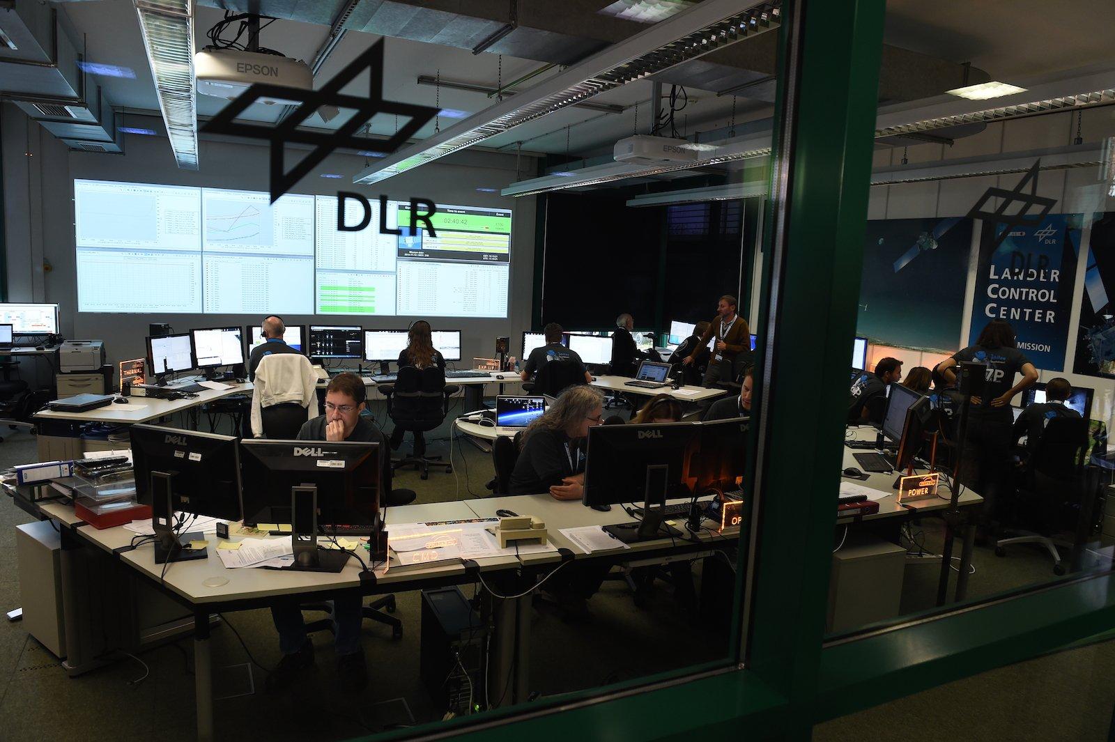 Das Lander-Kontrollzentrum des DLR.