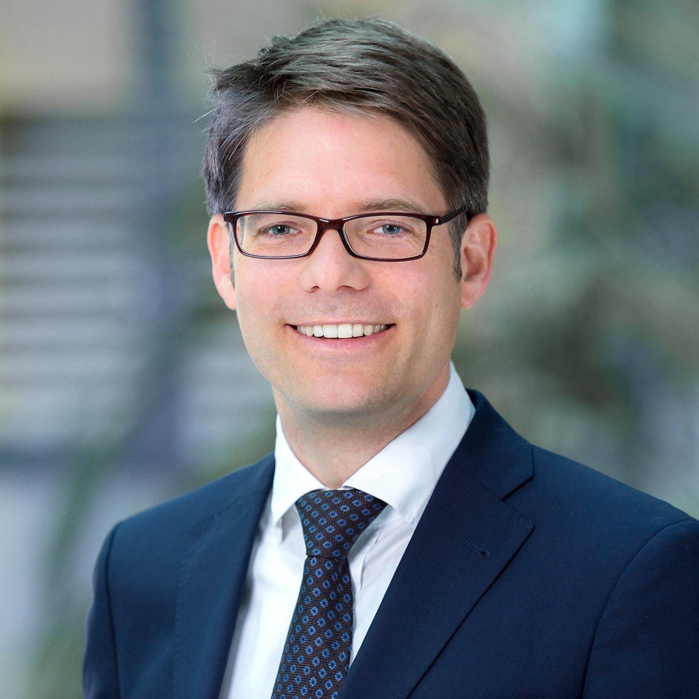Durch eine App wird aus einem 17-jährigen Azubi ein Experte mit 25 Jahren Berufserfahrung: Dr. Moritz Gomm ist Internet-4.0-Experte bei der Ingenieurgesellschaft Zühlke.
