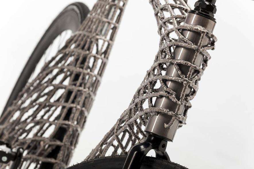 Das weltweit erste Edelstahlfahrrad aus einem 3D-Drucker