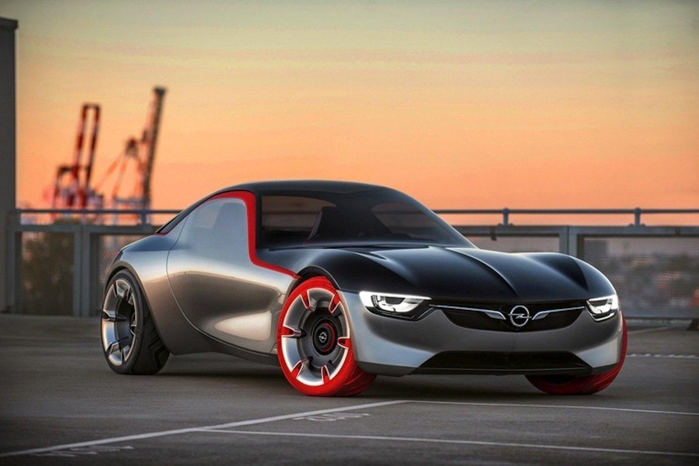 Schafft es Opel wirklich wieder, Träume auf vier Rädern zu bauen? Die Opel-Studie GT soll wirklich nicht nur auf Messen stehen, sondern sogar auf die Straße kommen.
