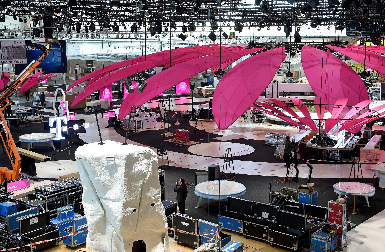 Am Montag, 14. März, beginnt in Hannover die Cebit. Bis dahin muss alles aufgebaut sein.