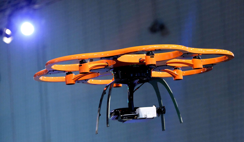 Die Firma Dronemasters zeigt auf der CeBIT 2016 Business-Anwendungen rund um das Thema Drohne.