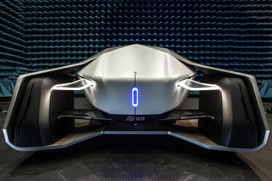 Gewöhnungsbedürftig: Das selbstfahrende Auto Shiwa hat keine Fenster