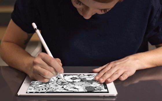 Das neue iPad Pro ist wieder kleiner als der Vorgänger, kann aber mehr und ist schneller.