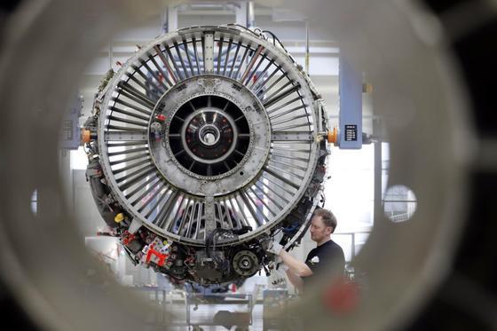 Flugzeuge werden immer früher ausgemustert. Und dienen als Ersatzteillager. Triebwerke sind besonders begehrt.
