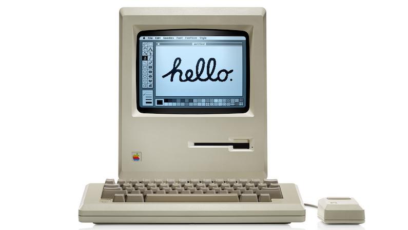 So sah der erste Apple Macintosh aus, der mit einer grafischen Benutzeroberfläche einen neuen Maßstab in puncto einfacher Bedienung setzte. Er verfügte über einen 8-Mhz-Prozessor, 128 Kilobyte Hauptspeicher und eine Bildschirmauflösung von 512x342 Pixeln.