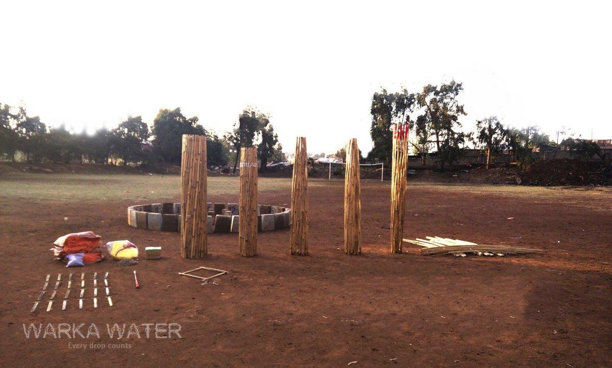 Der Aufbau des Turms Warka Water dauert vier Tage.