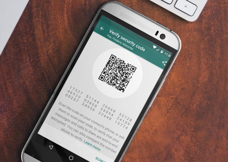 Das Non-Profit Unternehmen Open Whisper Systems hat für WhatsApp eine Ende-zu-Ende-Verschlüsselung für alle Geräte und Betriebssysteme entwickelt.