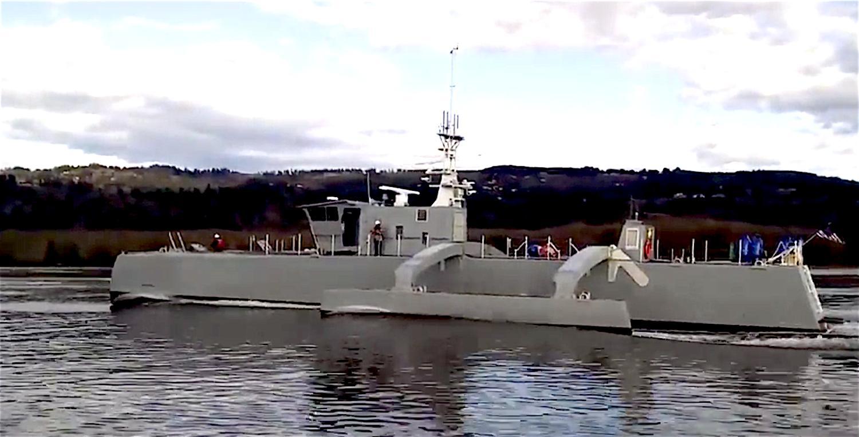 Testfahrt der Sea Hunter: Das Roboterschiff erreichte eine Höchstgeschwindigkeit von 50 km/h. Es soll bis zu 90 Tage autonom im Einsatz sein können.