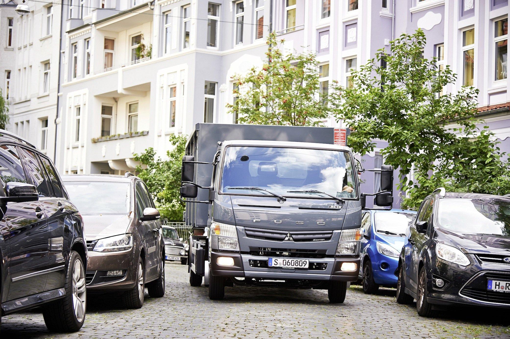 Der Logistiker Hermes setzt zwei Sechstonner mit Elektroantrieb in der Paketzustellung ein.