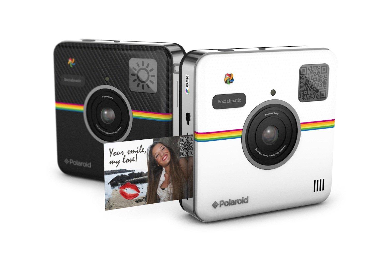Nostalgie und Moderne vereint: Die Socialmatic von Polaroid kann Fotos direkt ausdrucken und gleichzeitig im Internet posten.