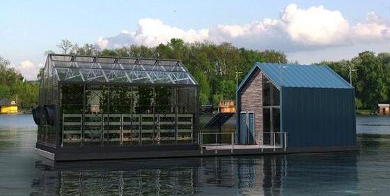 """Gewächshaus, Lernort und Energie-Selbstversorger: die """"Eco Barge"""" vom Designerbüro Salt & Water."""