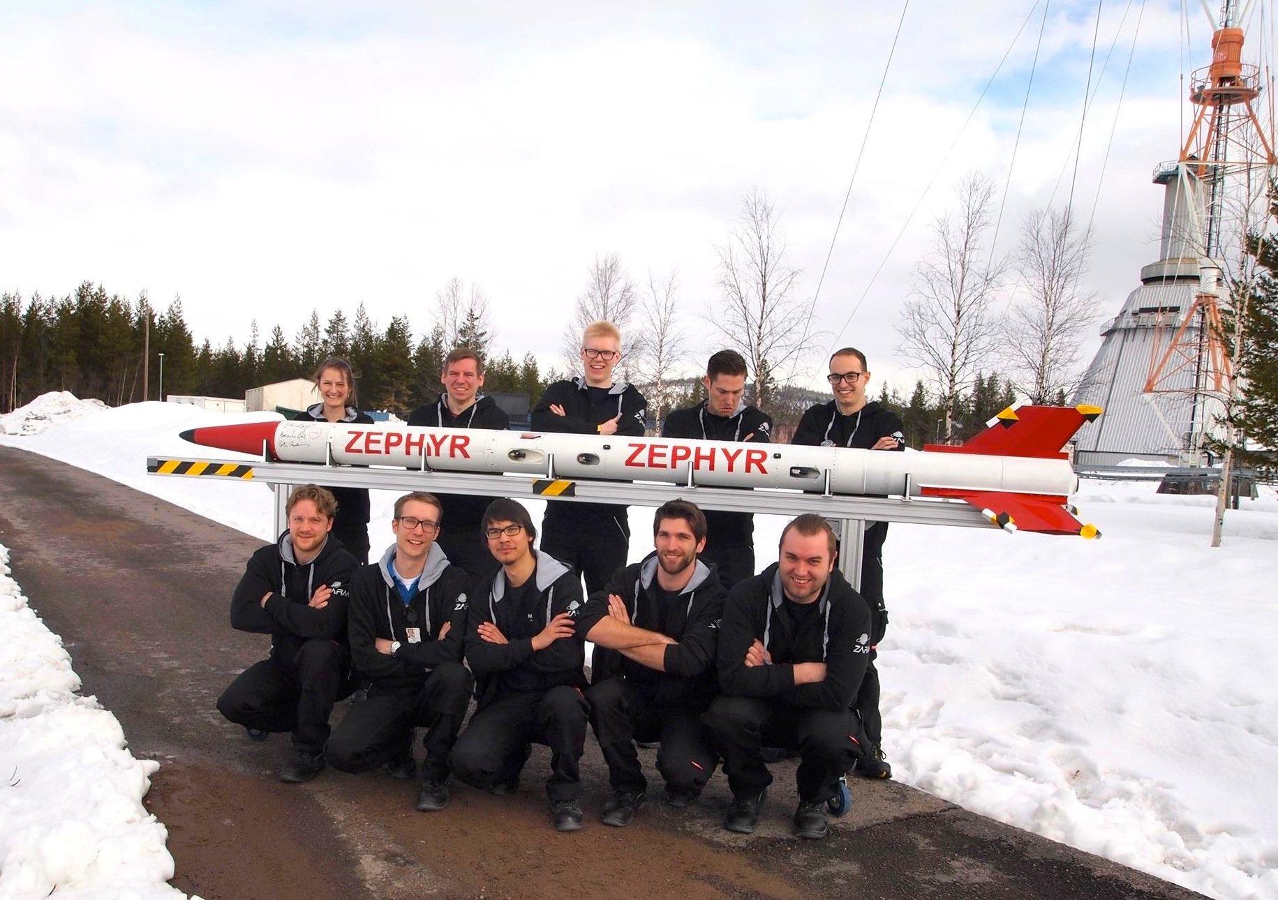 Angehenden Raumfahrt-Ingenieure der Uni Bremen brauchten Geduld, bis der Raketenstart gelangt. Erst im vierten Versuch hob die Rakete am Samstag im schwedischen Kiruna vom Boden ab.