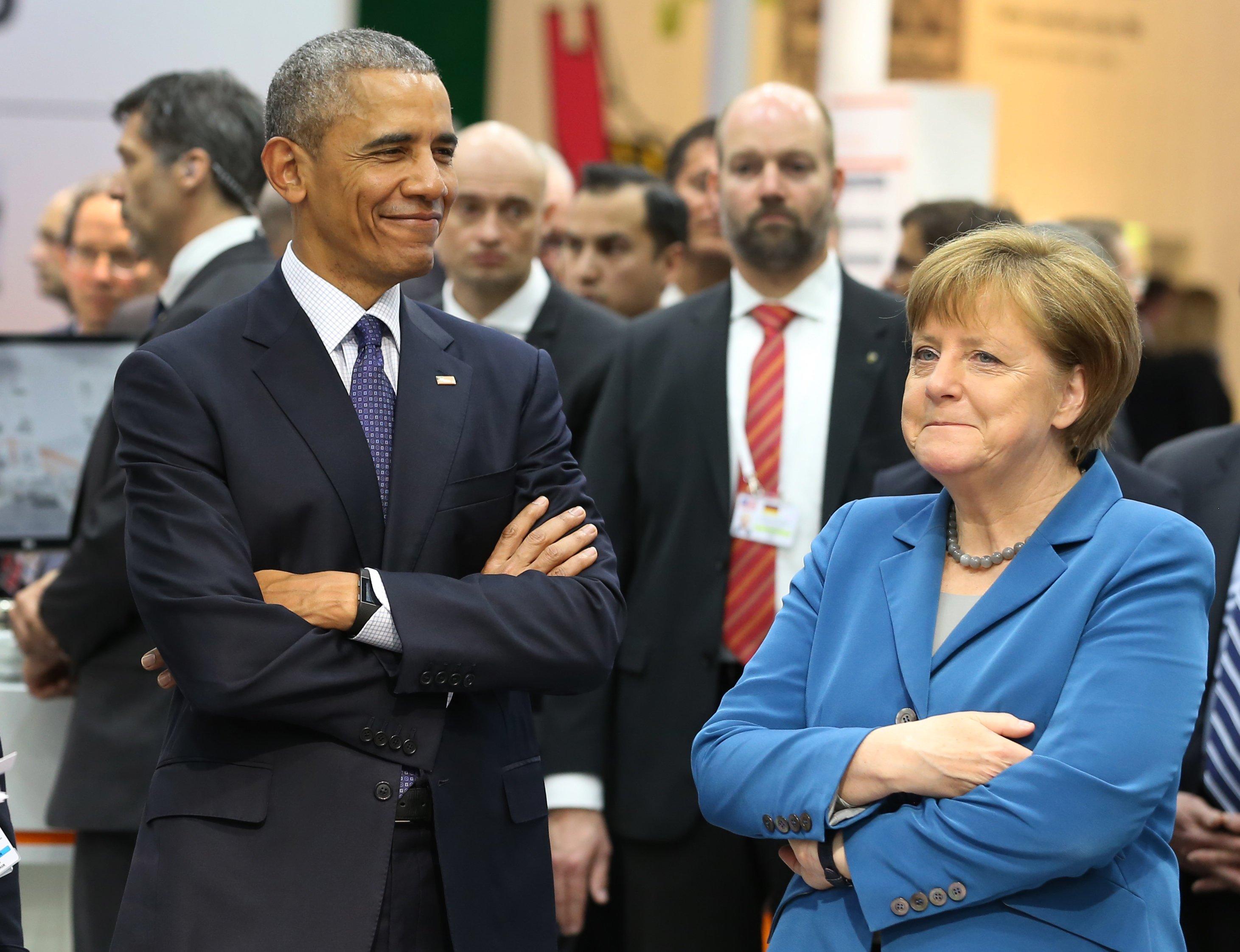 Sie verstehen sich gut und können sogar die gleichen Gesten: Bundeskanzlerin Angela Merkel und US-Präsident Barack Obama. Beide warben auf der Hannover Messe für das Freihandelsabkommen TTIP.